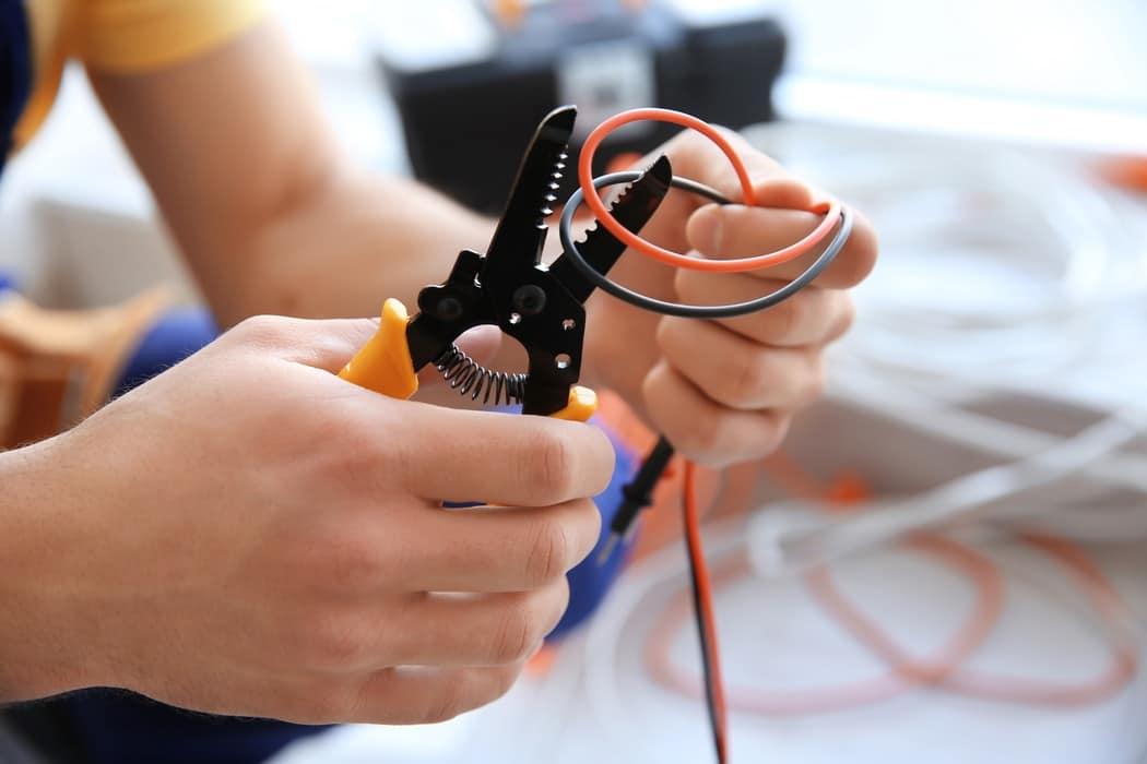 Réussir une installation électrique commerciale à Brossard, QC